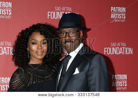 LOS ANGELES - NOV 7:  Angela Bassett, Courtney B Vance at the 4th Annual Patron of the Artists Awards, at Wallis Annenberg Center for the Performing Arts on November 7, 2019 in Beverly Hills, CA