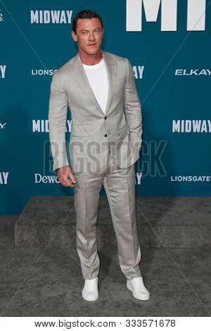 LOS ANGELES - NOV 5:  Luke Evans at the