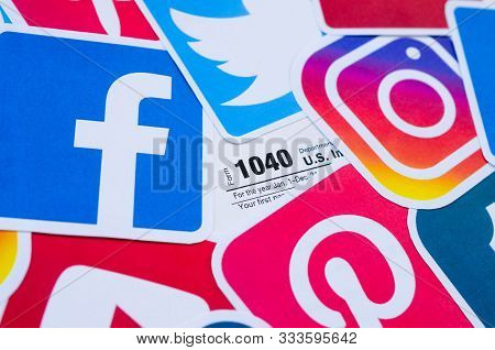 1040 U.s. Individual Income Tax Return Form With Printed Logo Of Many Social Networks. Facebook Inst