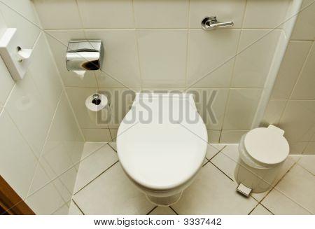 Hotel Toilet Facilities