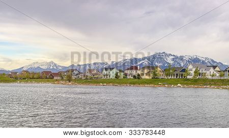 Panorama Frame Daybreak Over Oqirrh Lake In Utah On A Cloudy Day