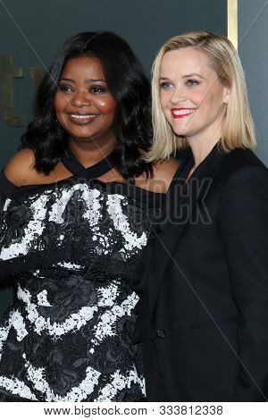 LOS ANGELES - NOV 11:  Octavia Spencer, Reese Witherspoon at the