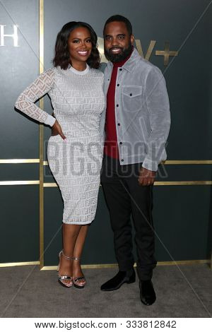 LOS ANGELES - NOV 11:  Kandi Burruss, Todd Tucker at the