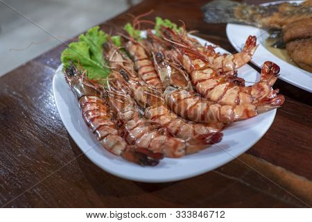 Shrimp , Thai Food Is Delicious And Spicy