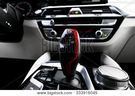 Automatic Gear Stick Of A Modern Car. Modern Car Interior Details. Close Up View. Car Detailing. Aut