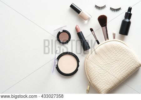 Make-up Cosmetic Bag White Background. Glamour Makeup Artist Pouch With Beauty Products. Flat Lay, T