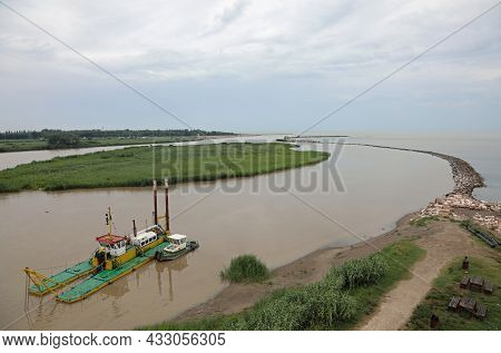 Industrial Naval Barge For Dredging Of The River And The Collection Of Sandy Materials For Use In Th