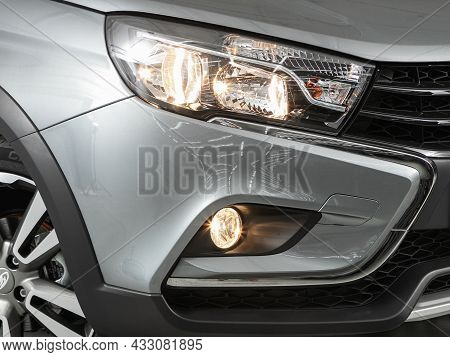 Novosibirsk, Russia - August   19, 2021:  Lada Vesta Sw Cross,detail Light Close Up Of On New Car. E