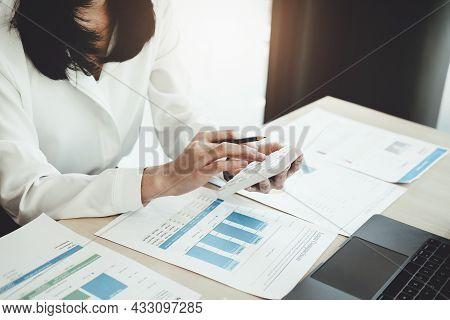 Auditors Use Budget Document Calculators To Find Annual Budget Disbursement Errors.