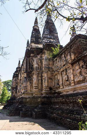 Chedi In Wat Chedyod , Chiangmai