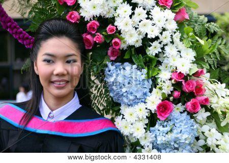 Graduado de la Universidad de Asia