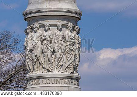 Usa, Virginia, Yorktown - March 30, 2013: Yorktown Victory Monument, Podium Section Featuring White
