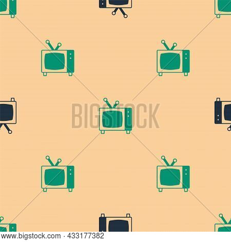 Green And Black Retro Tv Icon Isolated Seamless Pattern On Beige Background. Television Sign. Vector
