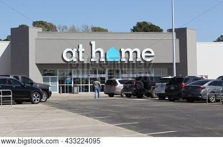 Tyler, Tx - March 21, 2019: At Home Retail Store Located On Troup. Hwy In Tyler, Tx