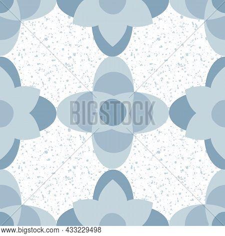 Quatrefoil Seamless Vector Pattern Background. Azulejo Style Historical Foil Motifs In Delft Blue On
