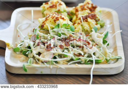 Salad And Avocado Toast ,sunflower Sprout Salad With Bacon Topping Dish