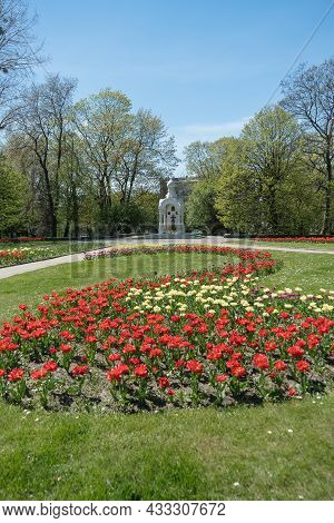 Kaliningrad, Russia - May 10, 2021: Monument To The Defenders Of The Fatherland Surrounded By Bloomi