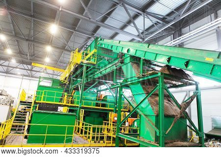 Equipment For Sorting Household Waste In A Waste Recycling Plant. Modern Technologies For Waste Disp