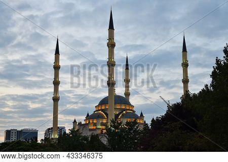 Mosque Heart Of Chechnya, Grozny, Chechnya, Russia
