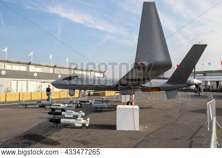 Chinese Chengdu Aircraft Industry Group (caig) Wing Loong Ii  Military Uav Drone Showcased At Paris