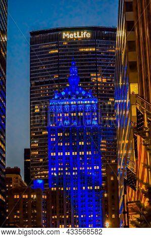 The Helmsley Building Facade In New York City During Twilight. The Helmsley Building Is A 35-story B