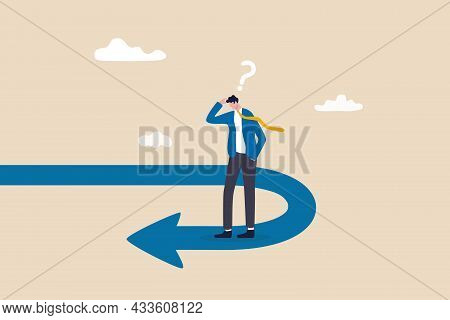 Business Turning Point, Break Event Or Change Direction, Reverse Back, Interest Rate Or Financial Tr