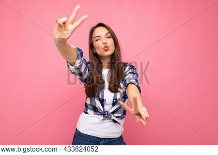 Shot Of Young Positive Delightful Smiling Pretty Brunette Woman With Sincere Emotions Wearing Hipste