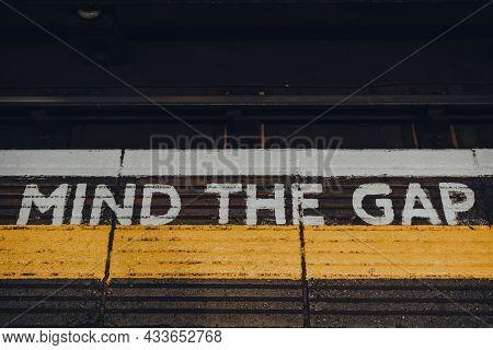 London, Uk - September 03, 2021: Close Up Of Mind The Gap Sign On Of Moorgate Underground Station Pl