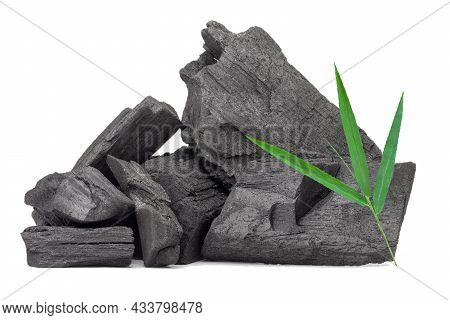 Natural Wood Charcoal,bamboo Charcoal Powder Has Medicinal Properties With Traditional Charcoal Isol