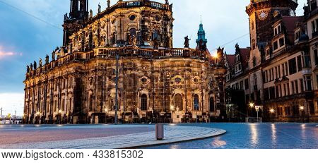 Katholische Hofkirche (Catholic Church of the Royal Court) Dresden. Germany