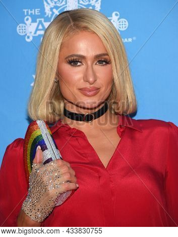 LOS ANGELES - SEP 21: Paris Hilton arrives for the 16th Annual Christmas in September Benefit on September 21, 2021 in West Hollywood, CA