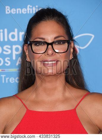 LOS ANGELES - SEP 21: Alex Meneses arrives for the 16th Annual Christmas in September Benefit on September 21, 2021 in West Hollywood, CA