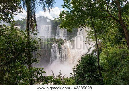 The Iguacu Falls In Argentina Brazil