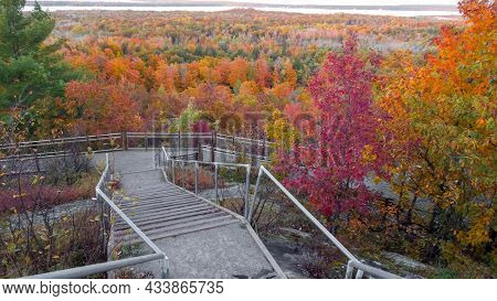 Thomas rock overlook surrounded with fall foliage in Michigan upper peninsula