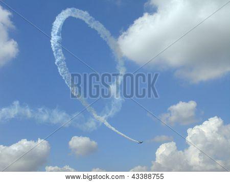 T-6 Texan, Figure Loop In Sky