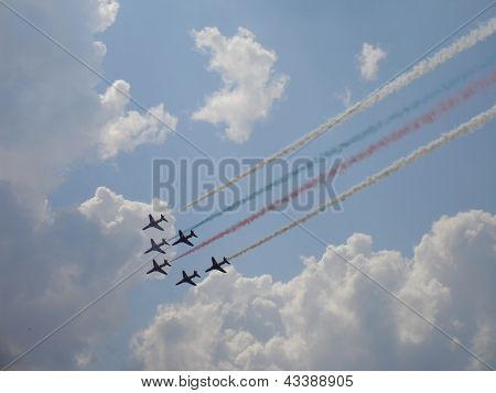 Red Arrows On Hawk T1 With Smoke Trace