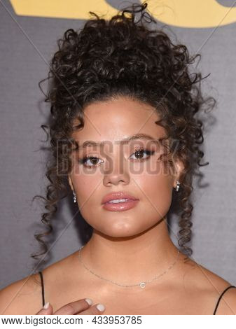 LOS ANGELES - SEP 01: Sarah Jeffery arrives for the 'Runt' Los Angeles Premiere on September 22, 2021 in Hollywood, CA