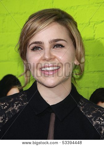 LOS ANGELES - SEP 10:  Mae Whitman arrives to the
