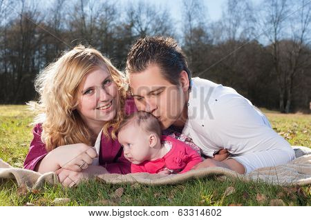 Daddy Is Kissing His Girl