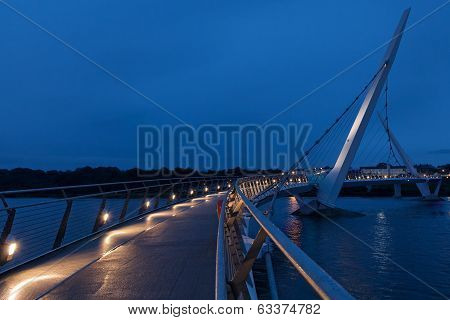 Derry Peace Brudge At Blue Hour