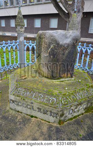 famous king pronounciation stone in Kingston London