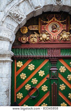 Ornate door of house brotherhood blackheads in Tallinn
