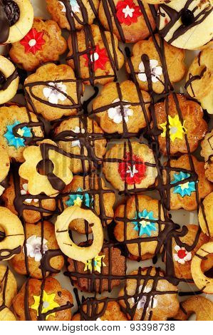 Linzer cookies traditional