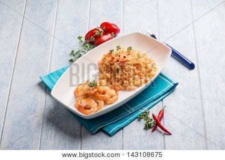 spicy risotto with shrimp and tomatoes
