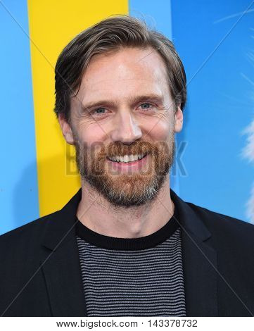 LOS ANGELES - AUG 01:  Teddy Sears arrives to the