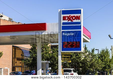 Indianapolis - Circa August 2016: Exxon Retail Gas Location. ExxonMobil is the World's Largest Oil and Gas Company I