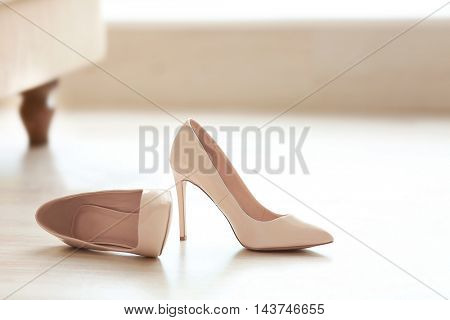 Bride's beautiful wedding shoes
