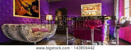Mini Bar Room