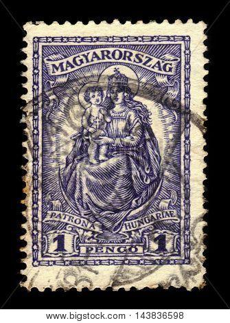 HUNGARY - CIRCA 1926: stamp printed by Hungary, shows Madonna and child, patroness of Hungary, circa 1926