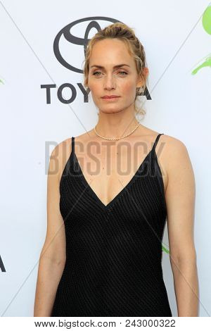LOS ANGELES - MAY 22:  Amber Valletta at the 28th Annual Environmental Media Awards at the Montage Beverly Hills on May 22, 2018 in Beverly Hills, CA